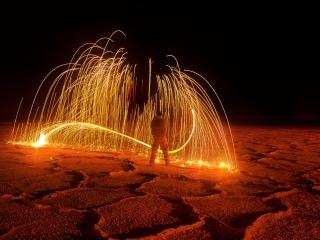 fountain-of-fire-907804c51f0d2acb805a4b5e3906a019a878c9ff