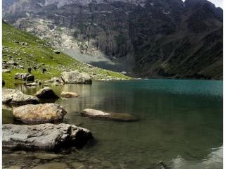 aru-lake2